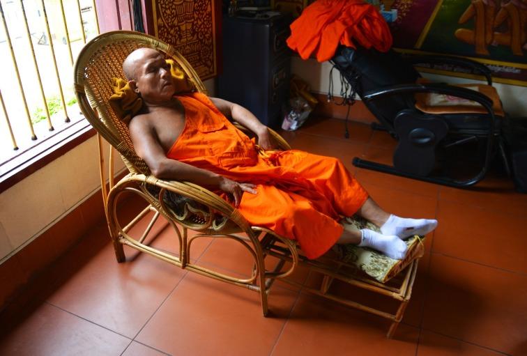 monk-1409820_1920